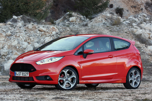 01-2014-ford-fiesta-st-fd628opt