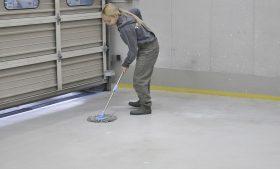令和2年に向けて 年末恒例「大掃除」&「作業工房床面防塵塗料塗り直し」