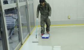 毎年、工房内床面防塵塗料を塗り直しする理由